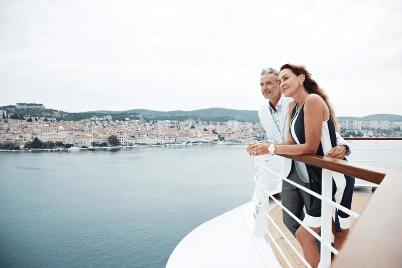 Unwind in pure luxury when sailing around the world.