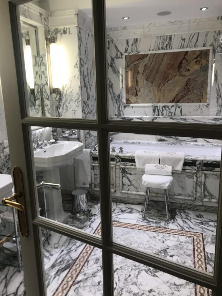 Le Meurice bathroom